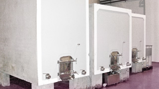Concrete tanks with temperature controlled